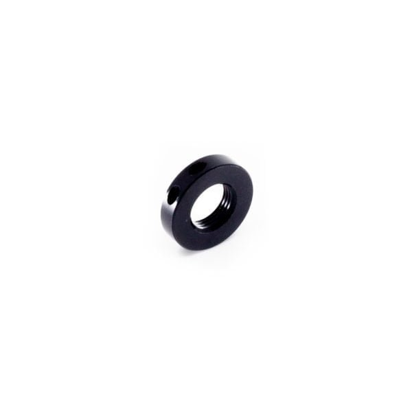 Locking nut for axle